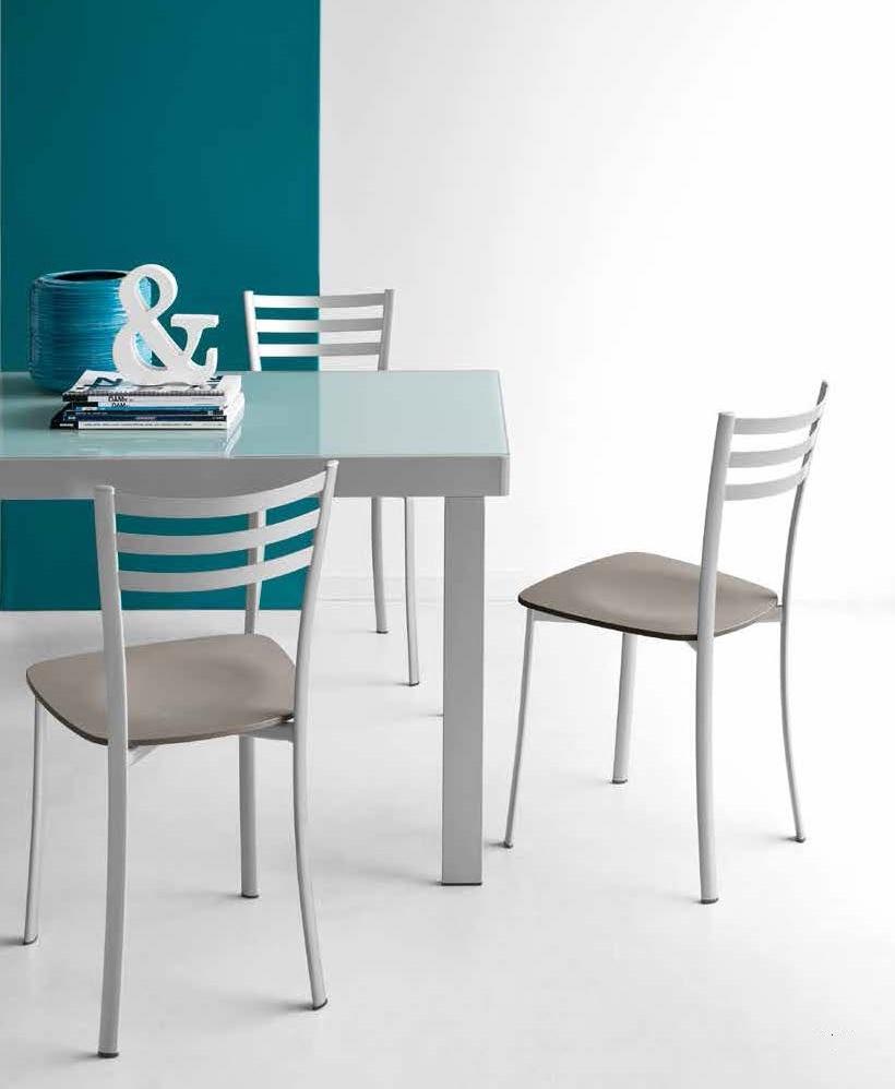 Tavoli design outlet tavolo cucina design tavolo e sedie for Tavolo design outlet