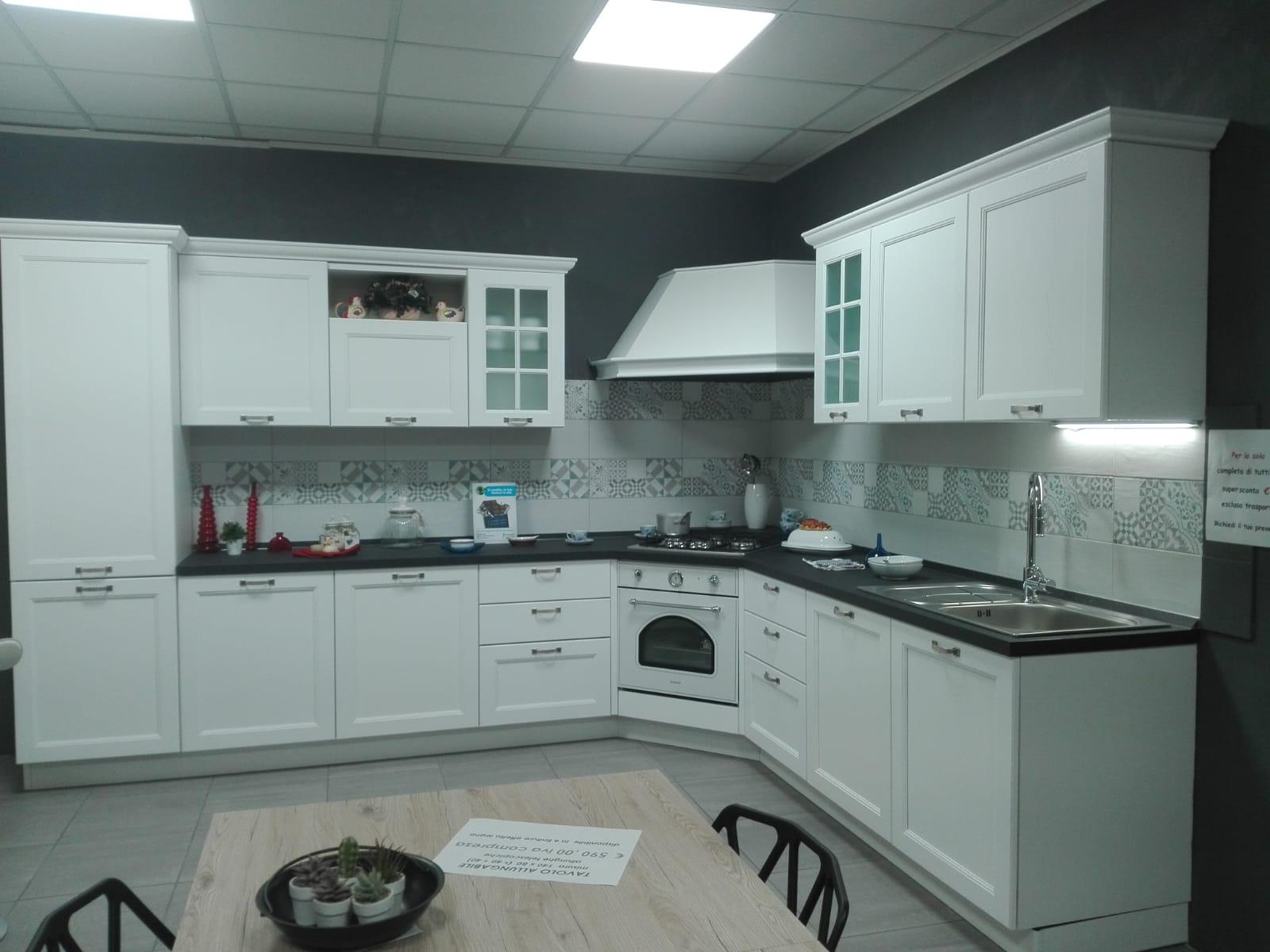 Beautiful Cucina Angolare Offerta Ideas - Comads897.com ...
